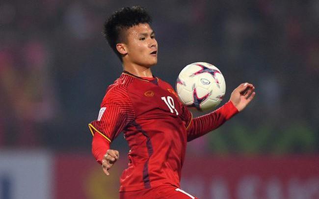 5 cầu thủ có số đường chuyền chính xác cao nhất ĐT Việt Nam ở AFF Cup 2018: Quang Hải đứng đầu, Xuân Trường xếp cuối