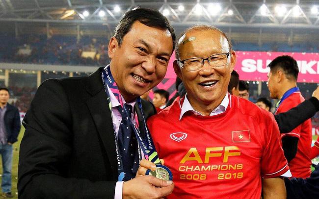 HLV Park Hang Seo tặng HCV AFF Cup 2018 cho ai?