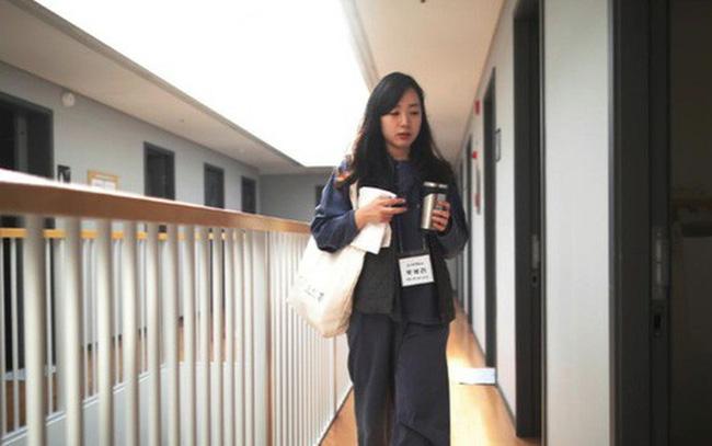 Cuộc sống quá căng thẳng, người trẻ Hàn Quốc sẵn sàng chi 90 USD để được... vào tù ở 1 ngày