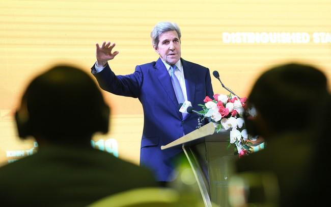 Cựu Ngoại trưởng Mỹ John Kerry: Chúng ta không nhất thiết là tù nhân phụ thuộc vào than!