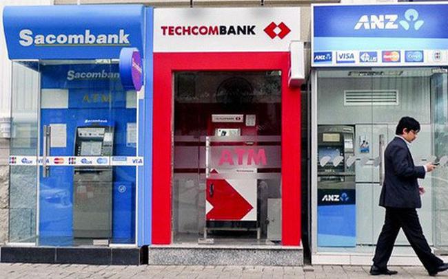 Đề xuất tăng phí trao đổi giao dịch rút tiền ATM ngoại mạng