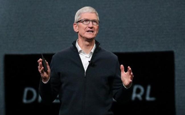 Tim Cook nhận thưởng kỷ lục bất chấp Apple lao đao vì doanh số