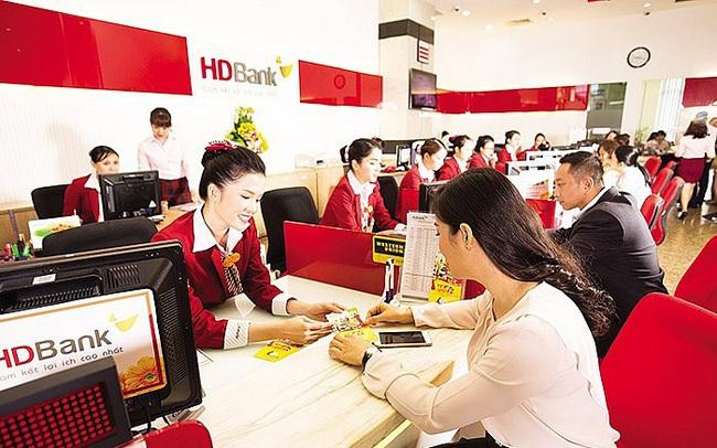 Cổ đông lớn và lãnh đạo HDBank cùng đăng ký mua vào cổ phiếu HDB