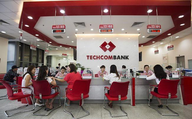 Techcombank 9 tháng đầu năm: LNTT đạt 8.860 tỷ đồng, thu nhập bình quân của nhân viên vọt lên 33 triệu đồng/tháng