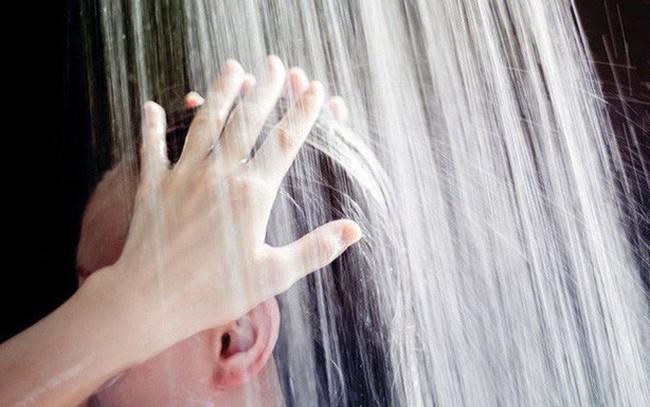 Đây đích thị là những thói quen tắm gây hại cho sức khỏe mà bạn không nên tiếp diễn hàng ngày