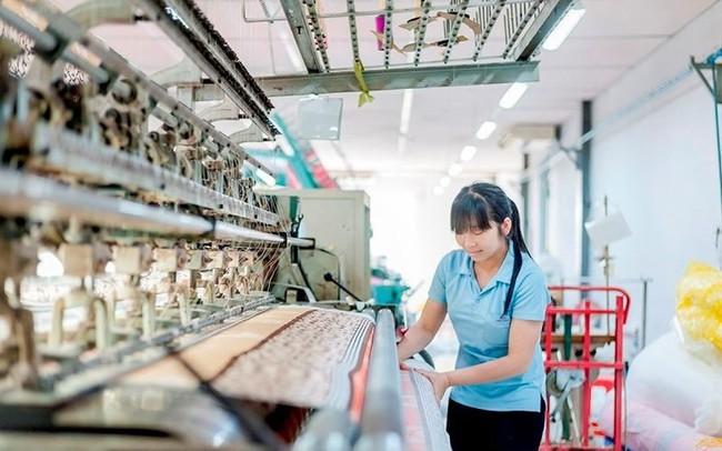 Dệt may Việt Nam: Thay đổi để biến cơ hội thành đơn hàng lớn
