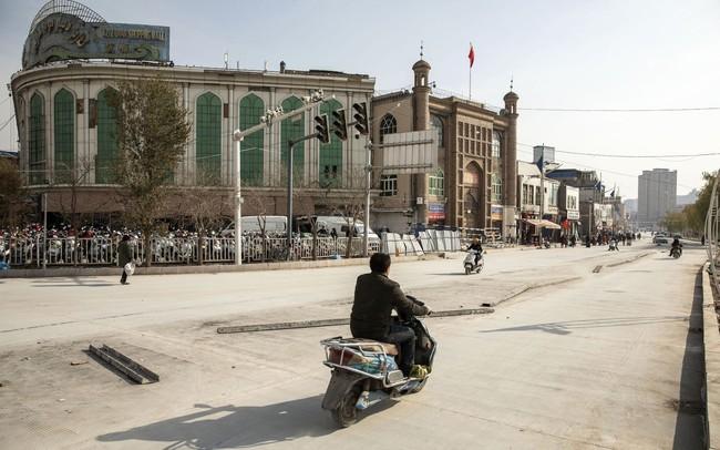 Bloomberg: Mỹ hạn chế cấp thị thực cho một số quan chức Trung Quốc