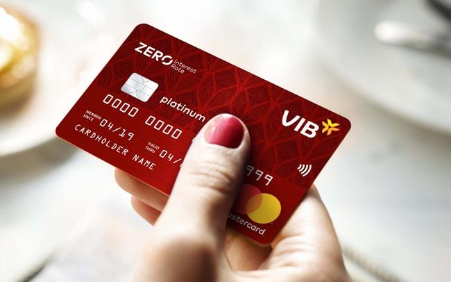 Truyền thông quốc tế ghi nhận VIB là thương hiệu thẻ tín dụng sáng tạo nhất Việt Nam