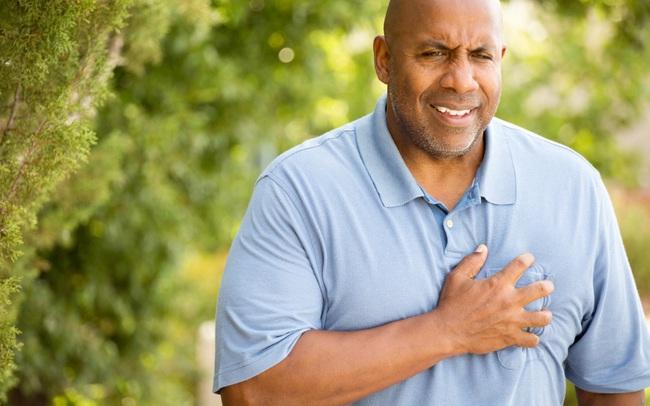 """12 triệu chứng ai cũng xem nhẹ, nhưng là lời kêu cứu đến từ trái tim sắp """"hỏng"""": Cẩn thận không bao giờ thừa!"""