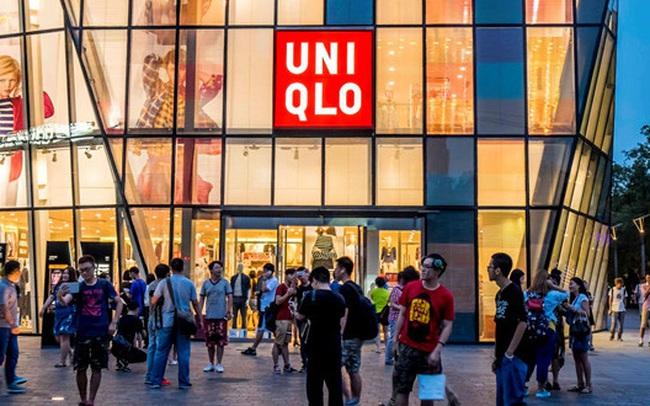 Đằng sau việc Uniqlo mất 2 năm mới đổ bộ vào thị trường Việt Nam và tại sao lại chọn vị trí  trung tâm, đối diện H&M, Zara