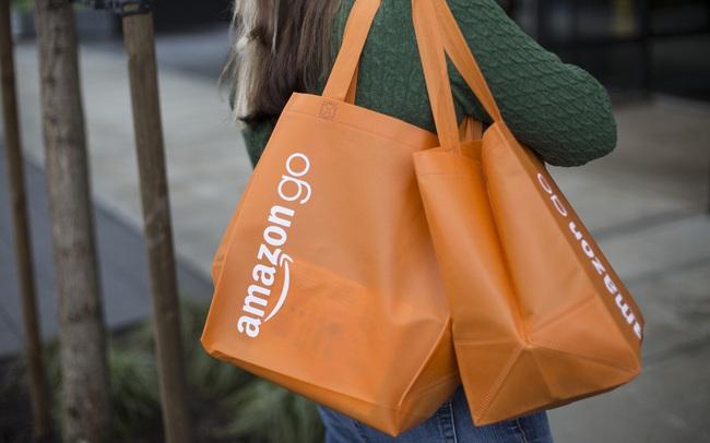 Amazon chuẩn bị ra mắt chuỗi siêu thị có hệ thống thanh toán tự động, không thu ngân đứng quầy