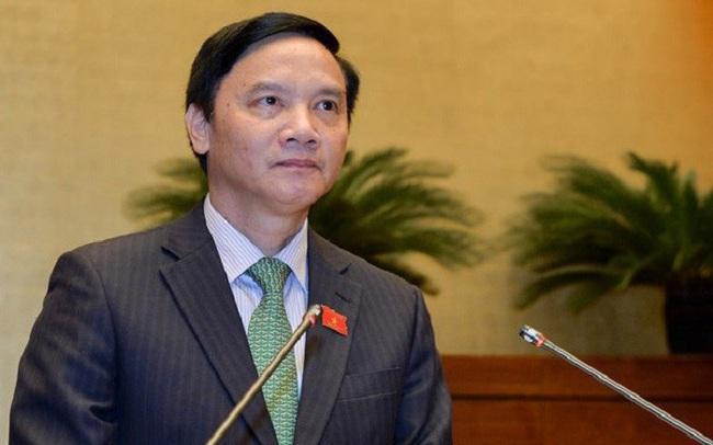 100% đại biểu có mặt bỏ phiếu tán thành miễn nhiệm, Chủ tịch Quốc hội nói 'các ĐBQH mừng cho đồng chí Nguyễn Khắc Định'