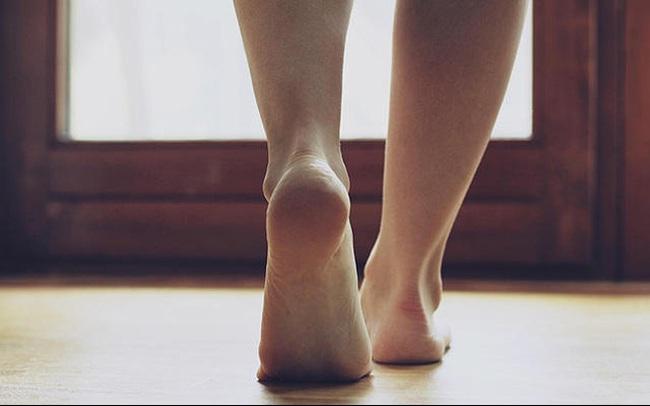 Xuất hiện 6 dấu hiệu này ở chân, bạn nên sớm đi gặp bác sĩ bởi sức khỏe đang gặp vấn đề nghiêm trọng