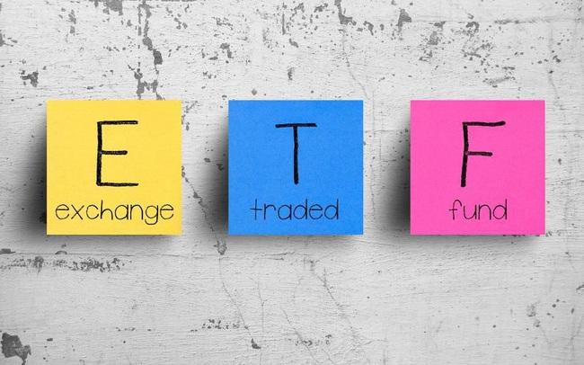 Chuyển động ETFs: VNM ETF, KIM VN30 ETF bị rút vốn, VFMVN30 ETF hút tiền trở lại trong tháng 11