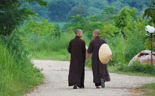 Mất 1 tuần tu tập tại làng Mai của thiền sư Thích Nhất Hạnh, tôi mới ngộ ra chân lý: Hạnh phúc chỉ đến khi biến chánh niệm thành lối sống 24/7