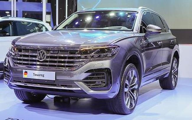"""Tịch thu xe Volkswagen có bản đồ hình """"lưỡi bò"""", phạt tiền nhà nhập khẩu, trưng bày xe"""