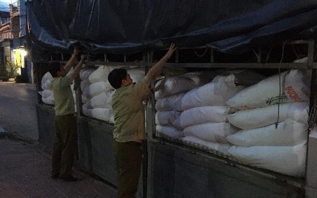 Tịch thu 8 tấn đường cát Thái Lan nhập lậu tại An Giang