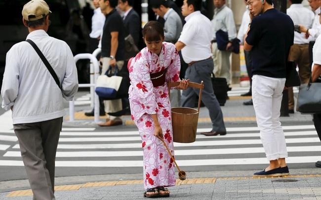 Việc đổi cách gọi Thủ tướng Shinzo Abe thành Thủ tướng ABE Shinzo báo hiệu điều gì về quan hệ Nhật với Trung Quốc, Việt Nam và Hàn Quốc?