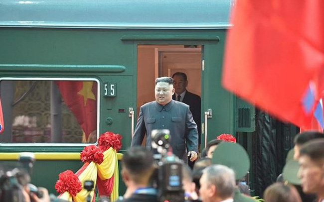 [Video]: Hình ảnh đầu tiên Chủ tịch Kim Jong Un ở ga Đồng Đăng