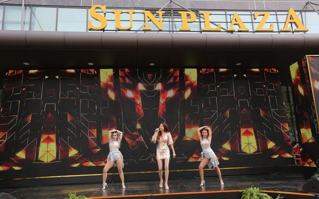 TTTM Sun Plaza Thụy Khuê hút khách ngày khai trương
