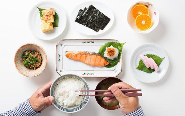 Tuổi 40 cần biết 7 thói quen ăn uống này của người Nhật, chẳng còn lo đột quỵ