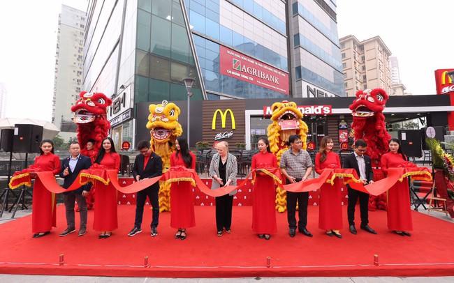 McDonald's khai trương nhà hàng thứ 2 tại Hà Nội