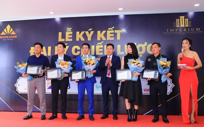 Đông Dương Nha Trang chính thức ký kết hợp tác phân phối dự án Imperium Town Nha Trang  Đông Dương Nha Trang chính thức ký kết hợp tác phân phối dự án Imperium Town Nha Trang 2019 photo 1 1569295714611489583479 81 0 1329 1998 crop 1569295754502 637049244956131250
