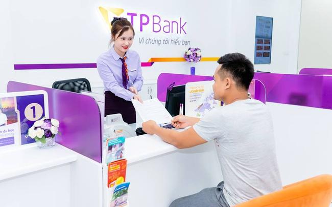 """TPBank đã hoàn tiền cho khách hàng vụ """"bị tất toán khống 5 sổ tiết kiệm"""""""