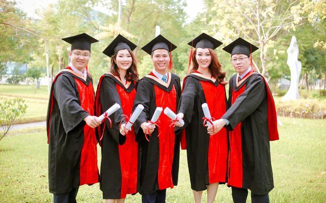 Mô hình 70/20/10 tạo ra sự đột phá trong đào tạo MBA