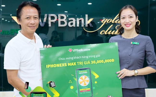 VPBank tìm ra chủ nhân đầu tiên trúng thưởng Iphone XS Max