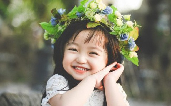 Thế giới của người lớn có vô vàn những thứ phức tạp, hãy sống như một đứa trẻ cho cuộc đời dễ thở hơn: 10 thay đổi nhỏ giúp bạn có được hạnh phúc giản đơn