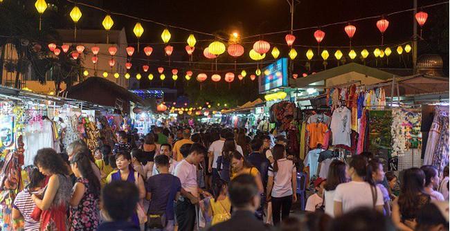 Khánh Hoà thiếu không gian mua sắm cho khách du lịch