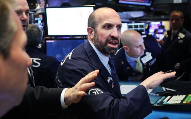 Chứng khoán Mỹ 9/4: Phố Wall lo ngại về kết quả kinh doanh quý I, Dow Jones mất hơn 190 điểm