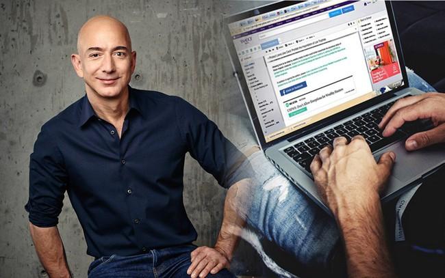"""Thói quen viết email ngắn gọn đến """"ngỡ ngàng"""" của Jeff Bezos: Chỉ với 2-3 từ cũng khiến người thì """"toát mồ hôi"""", người thì nể vài phần!"""