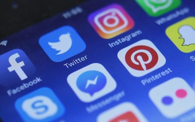 [Infographic] Người Việt sử dụng Internet, thiết bị điện tử, mạng xã hội nhiều như thế nào?