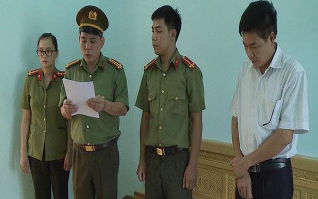 """Phó Giám đốc Sở GDĐT Sơn La khai """"nâng điểm do lãnh đạo gửi gắm"""""""