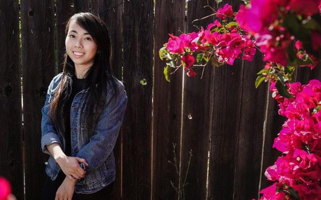 Nữ sáng lập startup gốc Việt tạo ra chiếc áo khoác chống đạn đầu tiên trên thế giới, trông như áo hoodie nhưng lợi hại ngang áo chuyên dụng của cảnh sát Mỹ!