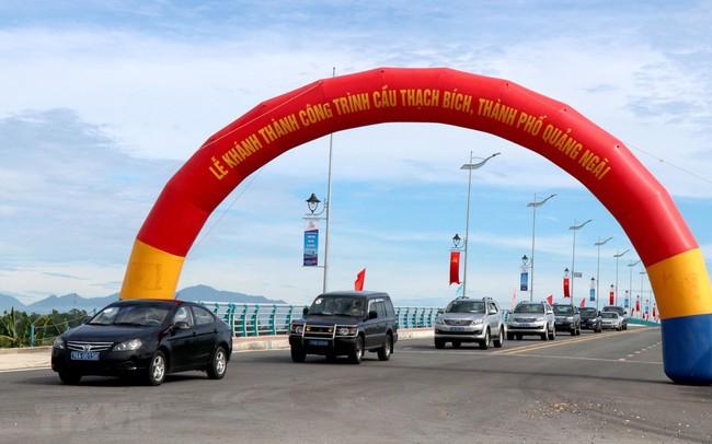 Quảng Ngãi đưa vào sử dụng cầu Thạch Bích bắc qua sông Trà Khúc
