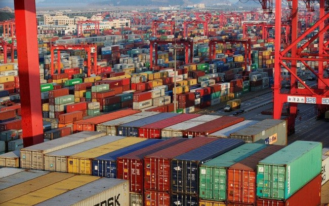 Bloomberg: Việt Nam đua top xuất khẩu hàng điện tử sang Mỹ