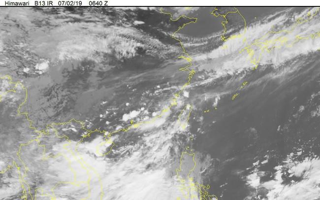 Áp thấp nhiệt đới mạnh lên thành bão hướng vào Quảng Ninh, Hải Phòng