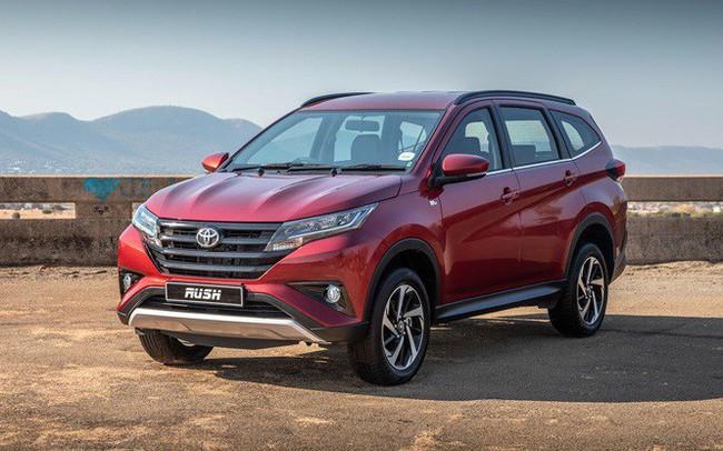 Gần 1.600 xe Toyota Rush bị triệu hồi do lỗi túi khí