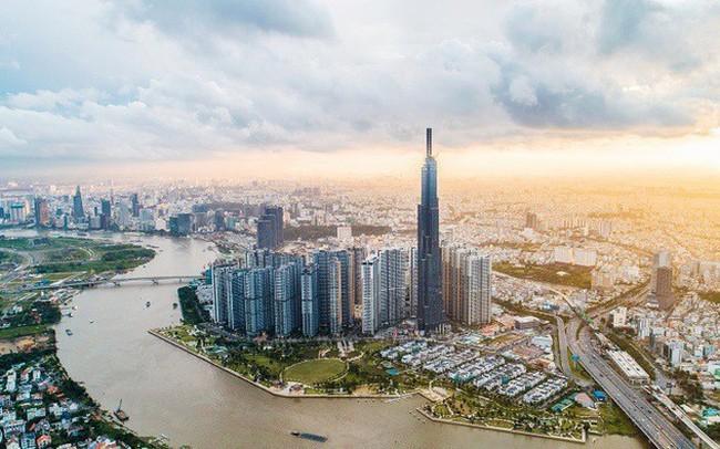Vingroup: LNTT quý 2 đạt gần 4.900 tỷ đồng, doanh thu mảng bán lẻ tăng trưởng 74%