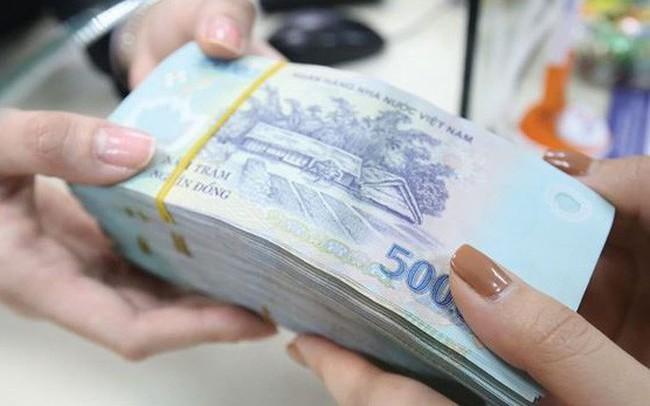 Chi trả cho gần 1.000 khách hàng gửi tiền tại các quỹ tín dụng nhân dân