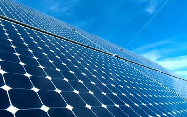 Tập đoàn công nghiệp lâu đời nhất của Thái Lan đầu tư lớn vào ngành năng lượng tái tạo của Việt Nam, chính thức đưa hai nhà máy điện mặt trời lớn nhất Đông Nam Á vào hoạt động