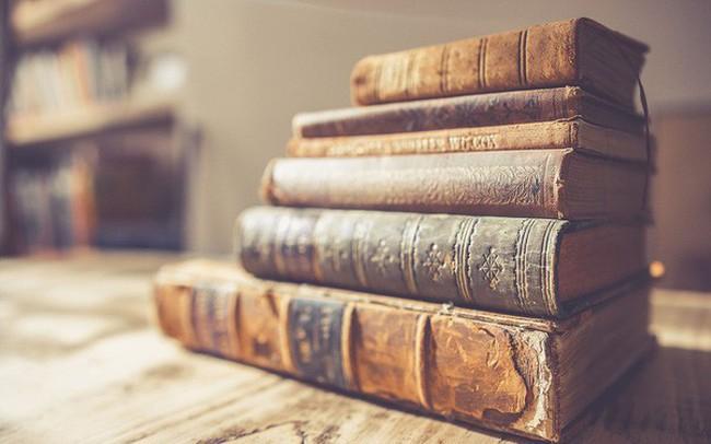 """""""Đi tìm lẽ sống"""" và những cuốn sách truyền cảm hứng nhất mọi thời đại: Kho tàng tri thức quý giá ở đây chứ đâu!"""