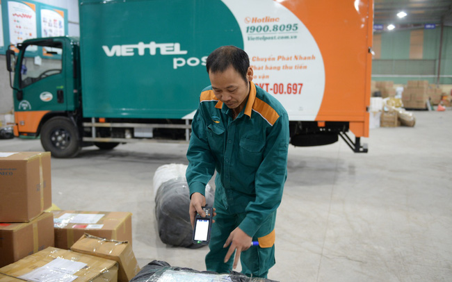 Tiền thu hộ bán hàng online tại Viettel Post hơn 573 tỷ đồng, lãi ròng 6 tháng tăng 40%