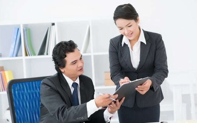 Thị trường lao động nửa cuối năm: Nhân sự ngân hàng, dịch vụ, thư ký… khó tìm việc