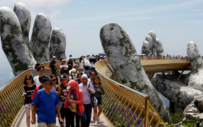 Du lịch Hong Kong, Nhật Bản ảm đạm vì căng thẳng chính trị, Đà Nẵng vượt Bangkok và đảo Guam hưởng lợi lớn nhất từ khách Hàn du lịch hong kong, nhật bản ảm đạm vì căng thẳng chính trị, Đà nẵng vượt bangkok và đảo guam hưởng lợi lớn nhất từ khách hàn Du lịch Hong Kong, Nhật Bản ảm đạm vì căng thẳng chính trị, Đà Nẵng vượt Bangkok và đảo Guam hưởng lợi lớn nhất từ khách Hàn 3pm thu 05092019 lh 15686000173112072125095 crop 1568600027515548133839