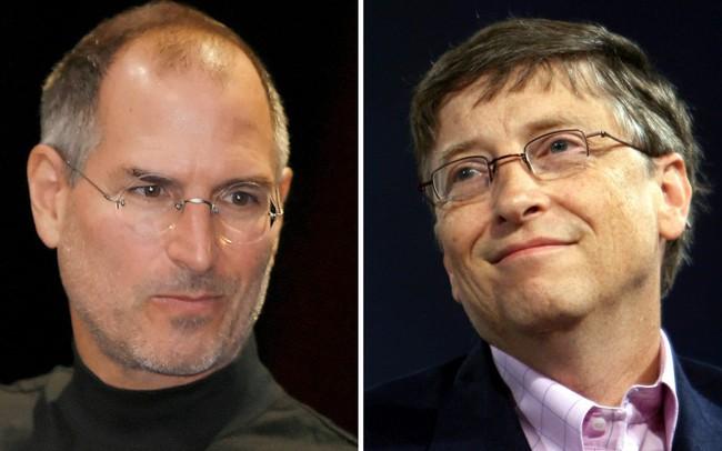"""Nắm trong tay quyền lực và khối tài sản khổng lồ nhưng Bill Gates vẫn luôn """"ghen tị"""" với Steve Jobs ở điểm này"""