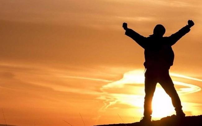 Với ý chí vươn lên, nghị lực sống vững vàng - bạn rồi sẽ chạm đến sự thành công nhanh thôi